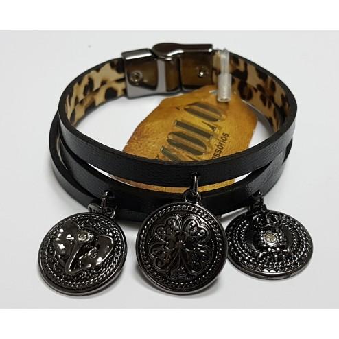 Pulseira de Couro Izolô Tripla C/ medalhas virtudes feminina M ( Ônix )